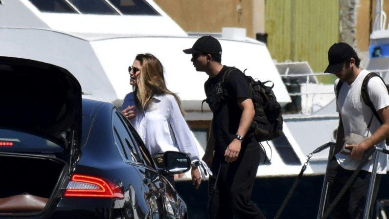 La Regina Rania di Giordania fa tappa a Vibo MarinaSbarcata al porto per raggiungere l'aeroporto di Lamezia