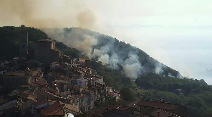 VIDEO - Emergenza incendi in provincia di CosenzaI danni dopo l'imponente rogo di San Fili