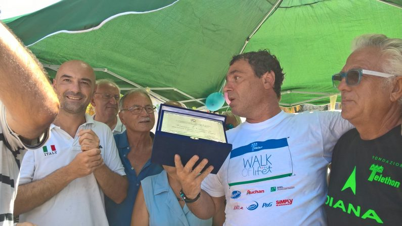 Notarianni, traversata a nuoto per amore del figlio  E' arrivato stamani a Tropea da Stromboli