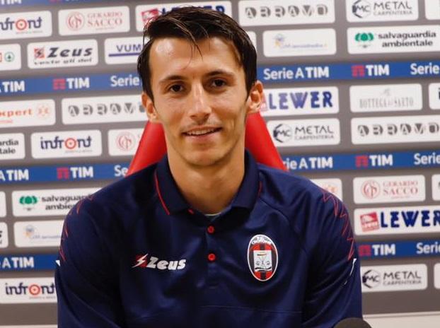 Serie B, il Crotone pareggia in casa col VeneziaPer il Cosenza reti inviolate nella sfida col Benevento