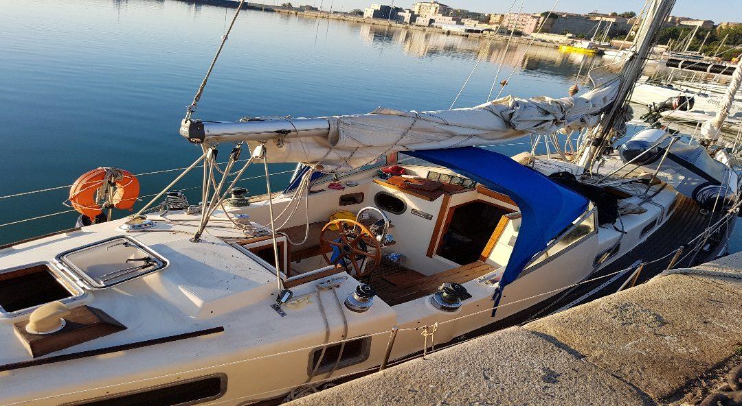 Ancora uno sbarco di migranti sulle coste calabresi  Veliero intercettato al largo del Crotonese