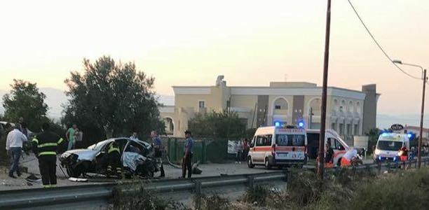 Tragedia in provincia di Cosenza: a Luzzi perdono la vita due persone in un incidente stradale