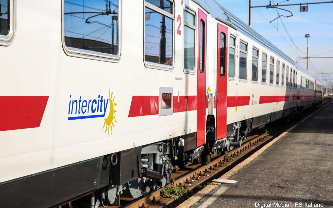 Maltempo, abissale ritardo per l'intercity Reggio-Torino  Il viaggio trasformato in un'odissea che durerà oltre 29 ore