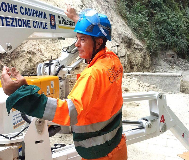 Ischia, pericolo frane: blitz Sma Campania con ragno telescopico, rimossi alberi e vegetazione a rischio