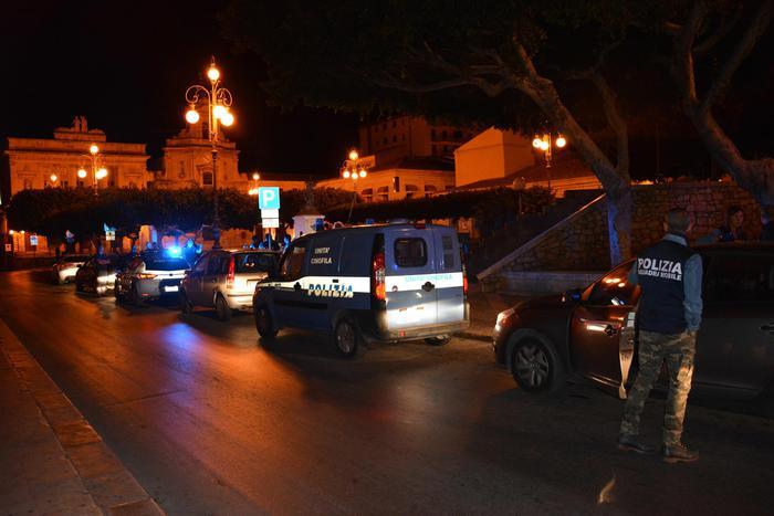 Napoli, non si ferma la camorra: altra stesa a Ponticelli