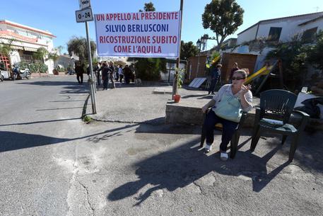 Berlusconi a Ischia: terremotati, 'ci aiuti'