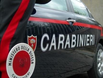 San Giovanni in Fiore, estorceva denaro minacciando di rivelare le foto di un furto, arrestato