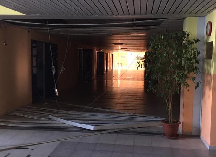 Isola Capo Rizzuto, vandali devastano le scuola  Divelti impianti elettrici e danneggiati gli arredi