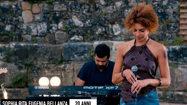 """X-Factor, la cantante di origini calabresi Rita Bellanza  si candida alla vittoria finale in attesa dello scontro """"Live"""""""