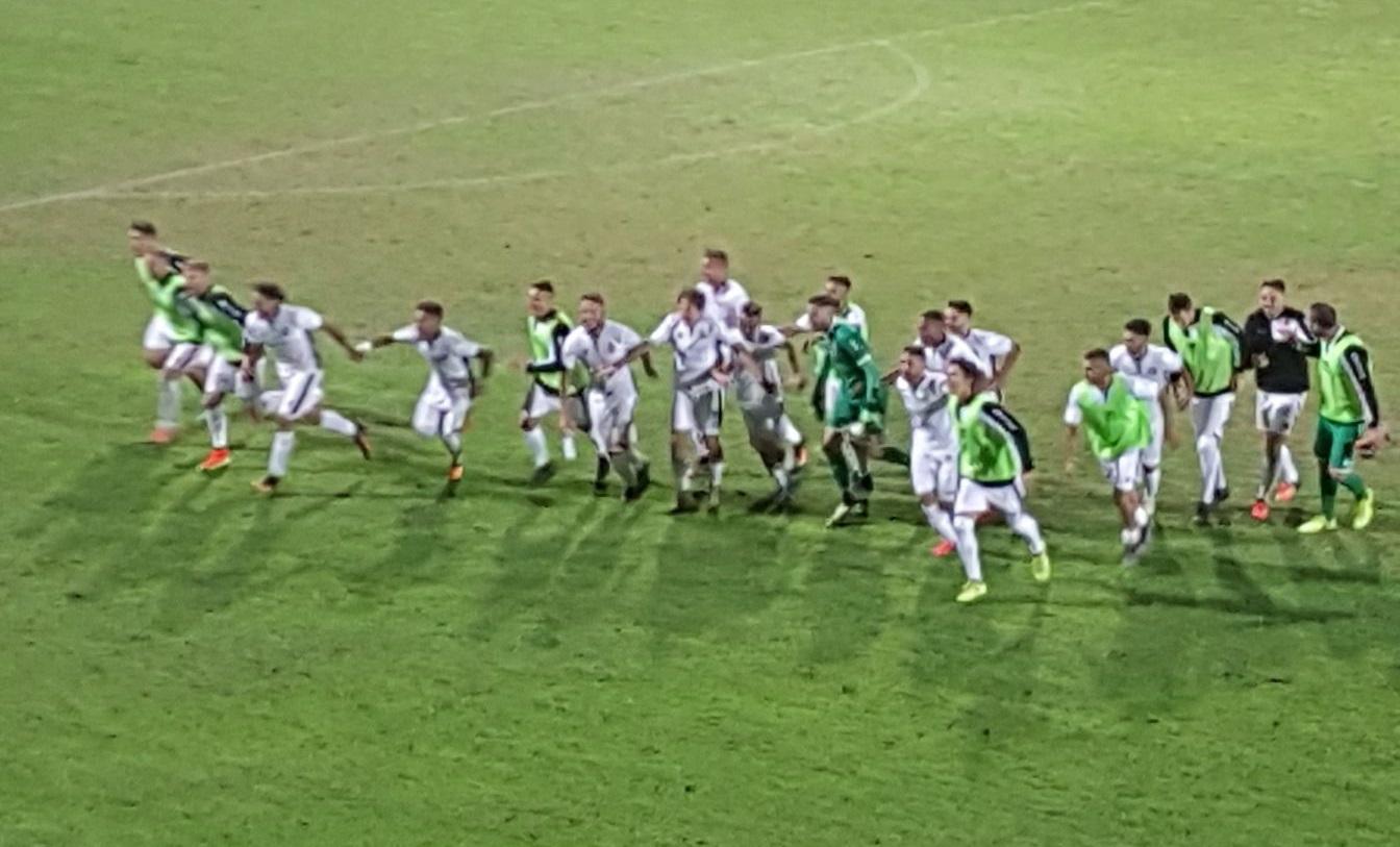 Calcio Serie C, Il Rende fa suo il derbyCatanzaro battuto di misura e agganciato