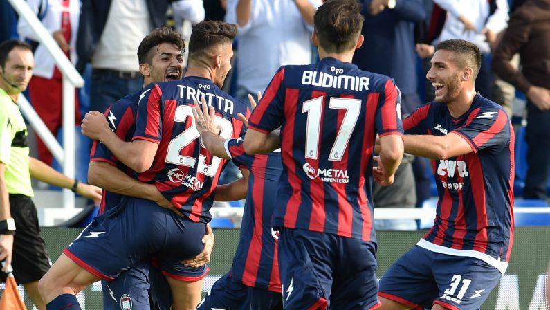 Serie A, il Crotone conquista 3 punti con la Fiorentina  In un minuto calabresi a segno con Budimir e Trotta