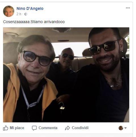 """Nino D'Angelo stasera in concerto al teatro Rendano, sui social: """"Cosenza sto arrivando"""""""
