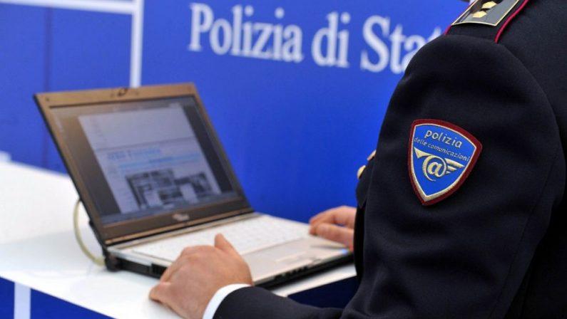Truffa per false riviste delle forze dell'ordinePerquisizioni anche a Reggio, sono 46 gli indagati