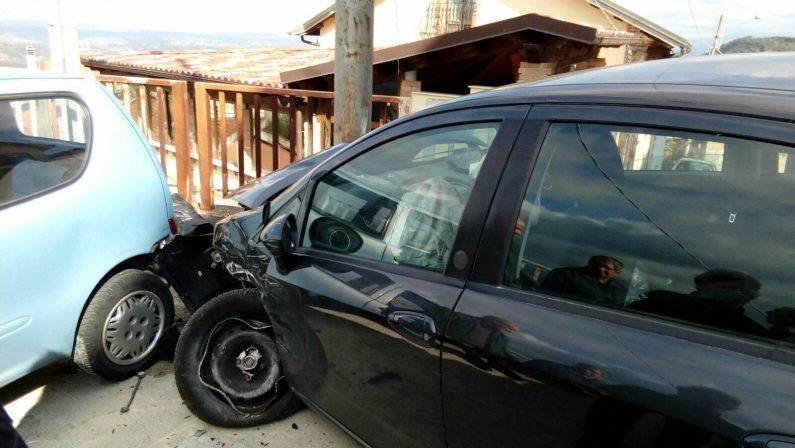 Tragico incidente stradale nel Vibonese, muore don Ignazio Schinella
