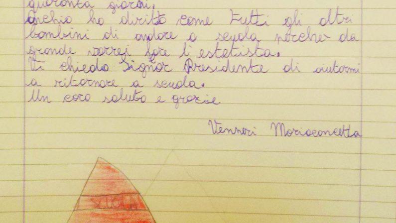Bimba di dieci anni scrive a Mattarella: «Mi aiuti, sono quaranta giorni che non riesco ad andare a scuola»