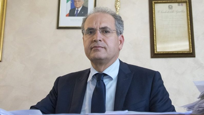 Coronavirus in Calabria, a Lamezia Terme il sindaco Mascaro blocca tutto: «Si applicano solo le misure del Governo»