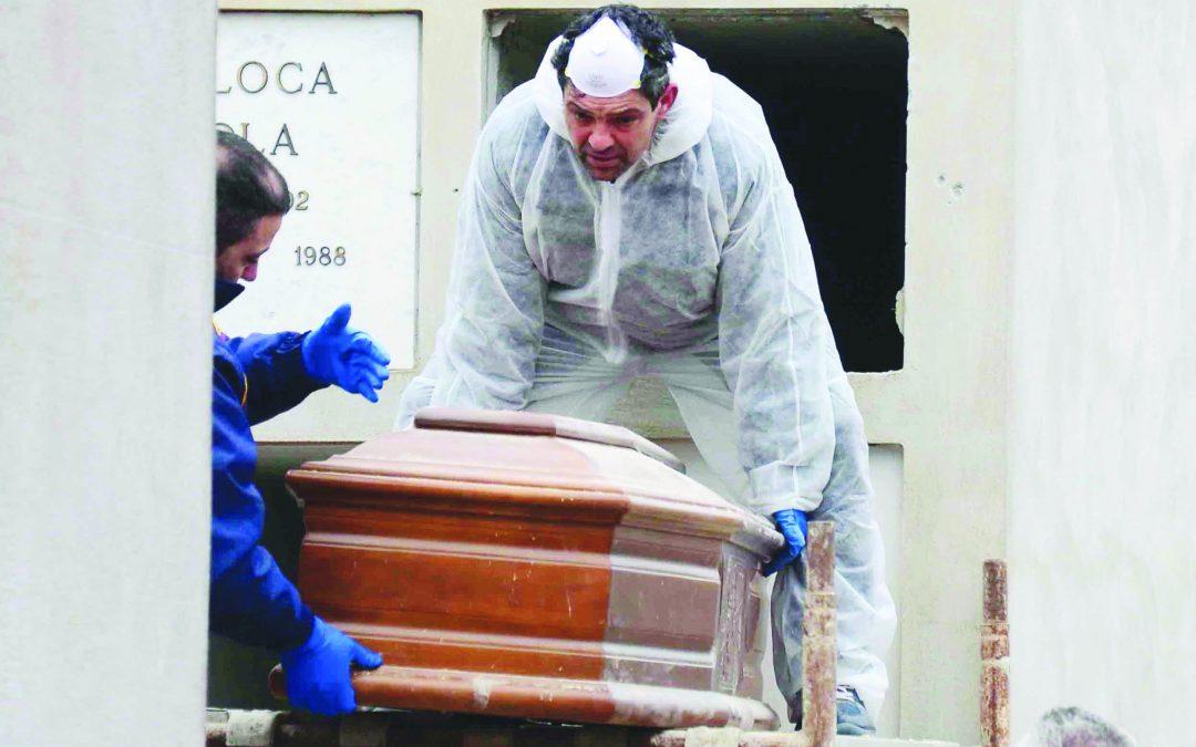 Infermiere bruciato, aggravanti per moglie e figlio  Nuove contestazioni per l'omicidio del Vibonese
