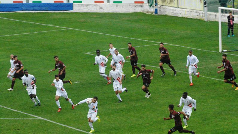 Il punto sulla Serie D. Sembra una giornata favorevole alla capolista TroinaPer la Vibonese c'è l'Ercolanese. Derby Roccella-Palmese
