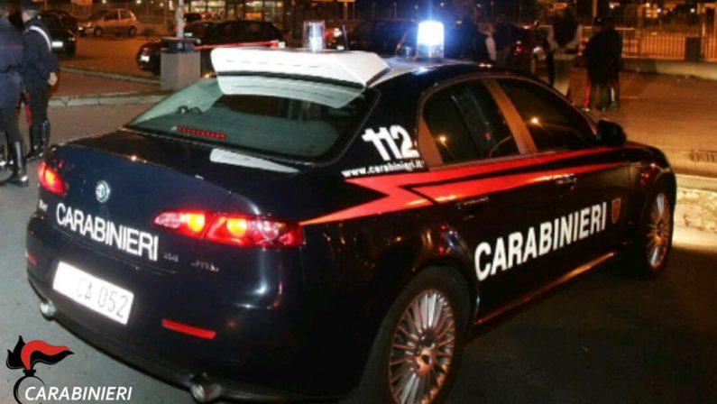 Tenta di bruciare l'auto della sorella della ex moglieMinacce e violenze, crotonese arrestato a Catanzaro