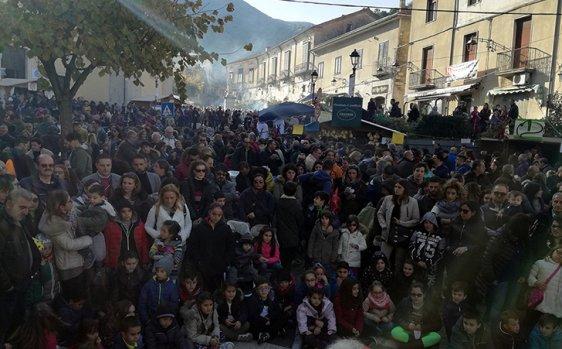 Sagra della castagna di Montella Igp, l'evento conquista il sud Italia