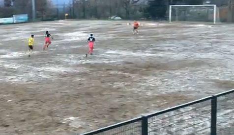 L'arbitro fischia la fine mentre l'attaccante sta per segnare a porta vuota È successo in Atletico Maida–Bocale, annullata la rete degli ospiti