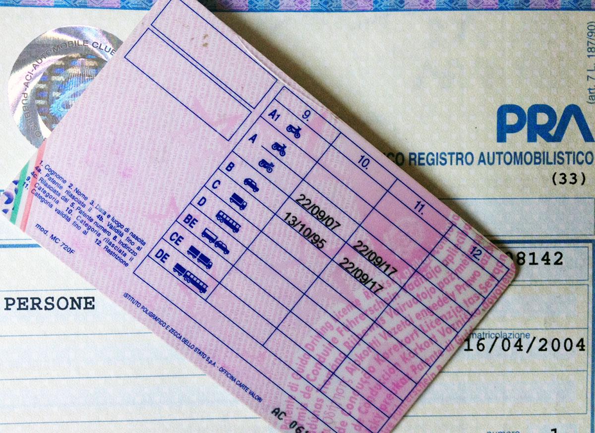 Trasporti, Calabria penultima in Italia per numero di patentiMeno del 70% della popolazione idonea è abilitata alla guida