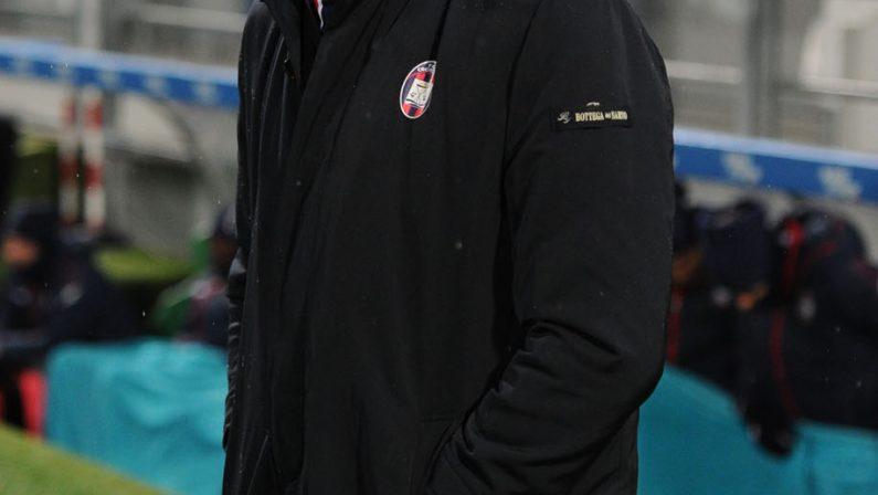 Serie A, il Crotone di Zenga batte di misura il ChievoDopo una serie di sconfitte arriva il successo in casa