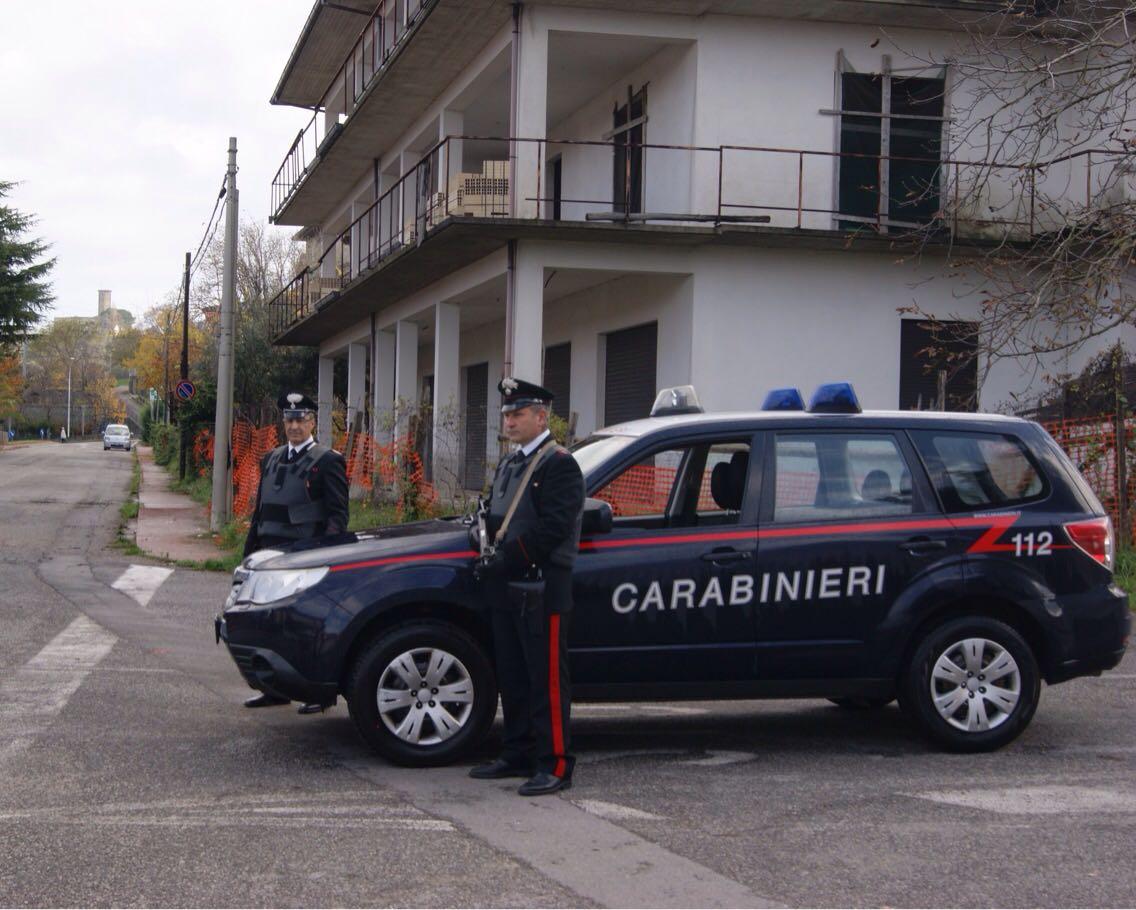Stalking, investe la ex compagna che lo aveva denunciato per le violenze subite: arrestato nel Catanzarese