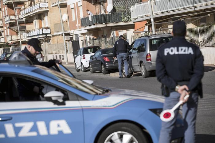 """""""Te ne devi andare"""", a Napoli accoltellato 15enne"""