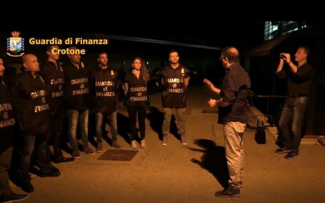 Facevano fallire le società a Crotone per frodare lo Stato  Tredici arresti, un irreperibile e sequestri per 1,5 milioni