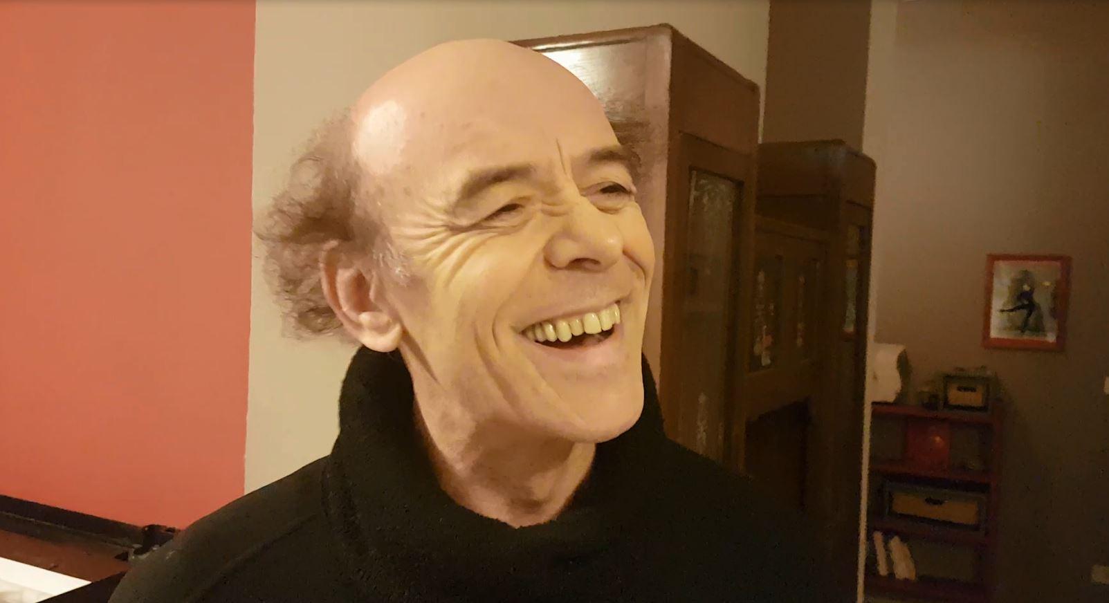 """VIDEO – Paolo Nani al teatro di Mendicino con """"La Lettera"""""""