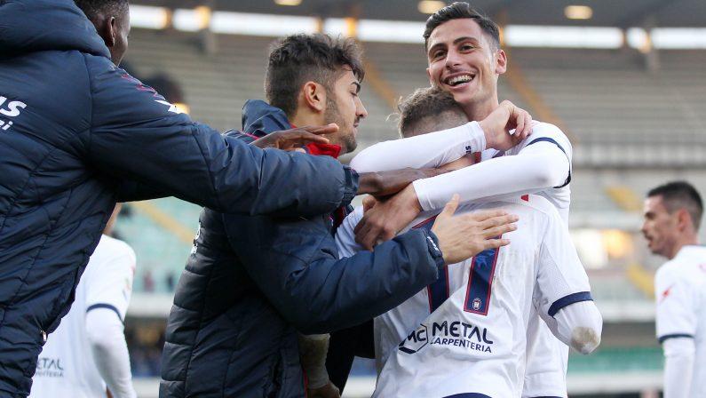 Serie A, il Crotone di Zenga espugna VeronaProtagonista Ricci con un assist e una rete