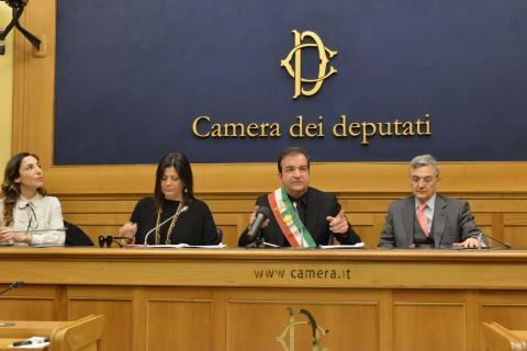 Elezioni regionali, la rottura tra Jole e Occhiuto: Santelli si dimette da vicesindaco di Cosenza