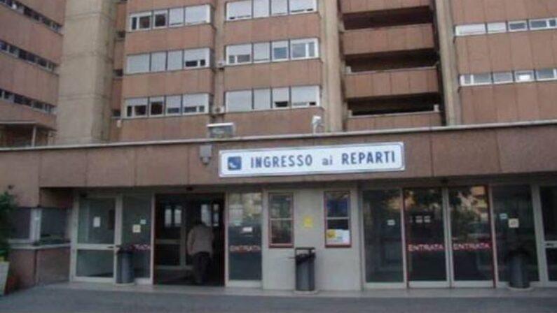 Neonato muore dopo il parto nell'ospedale di ReggioSequestrata la cartella clinica, disposta l'autopsia