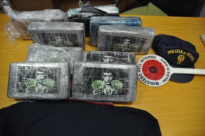 Cocaina 'Tony Montana' da Napoli a Palermo: traffico bloccato dalla Polizia