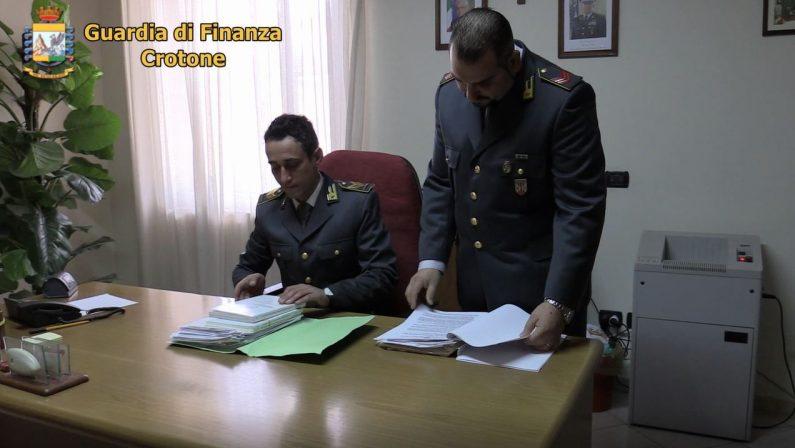 Medici assenti a Crotone per malattia: blitz della guardia di finanza, acquisiti certificati
