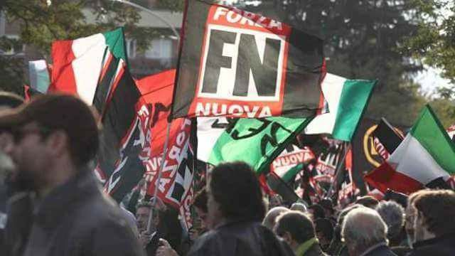 Forza Nuova a Cosenza, doppio presidio antifascista per la visita di Roberto Fiore