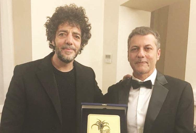 L'arte di Clemente Ferrari : «Il mio compito? Vestire un brano»Il compositore e direttore d'orchestra premiato a Sanremo