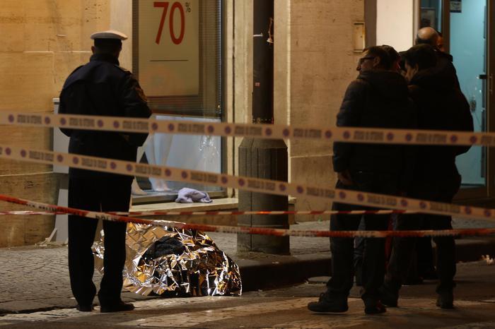 Rapina a gioielleria finita in sangue: tre arresti nel napoletano