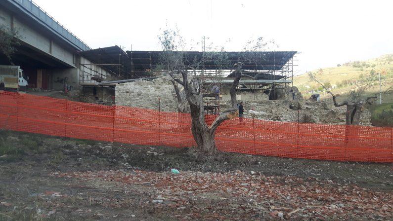 Lavoratori in nero in un cantiere archeologico ad OrioloLavori bloccati e materiale sequestrato dalla Finanza
