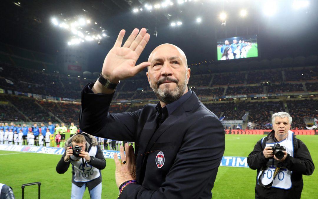 Calcio, Zenga saluta Crotone dopo la retrocessione  «Fa male, resterete sempre nel mio cuore»
