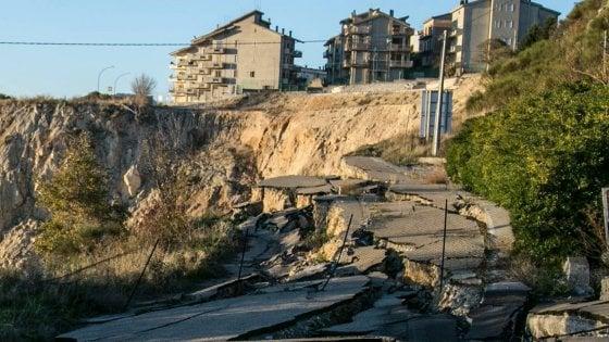 Frana di Stigliano, 2,3 milioni di euro messi a disposizione dal governo