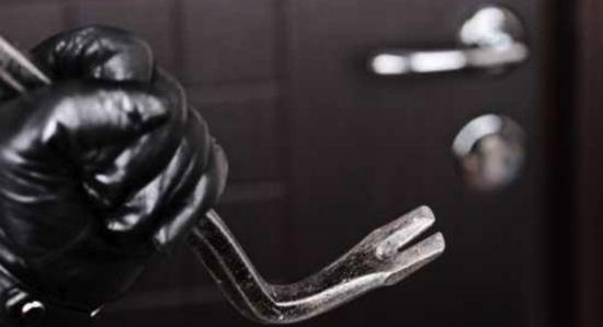 Boom di furti nelle case, e da Avigliano s'invocano telecamere di videosorveglianza