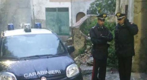 Tenta di uccidere il fratello a coltellate, arrestato un uomo a Rossano