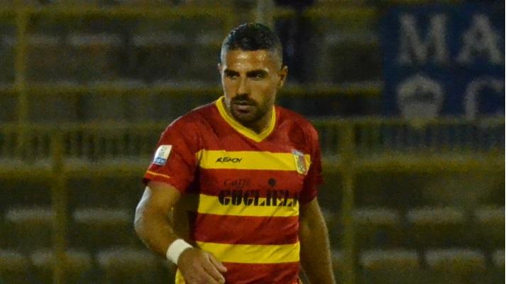 Letizia, attaccante del Catanzaro in gol a Lecce