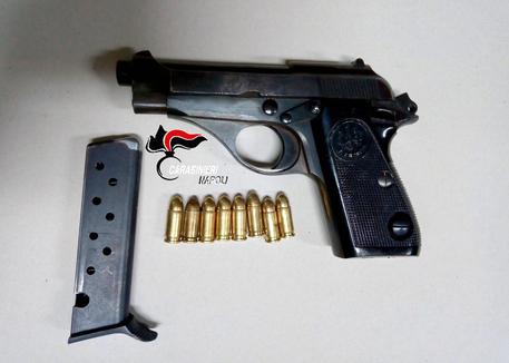 Sequestrate due pistole nel napoletano