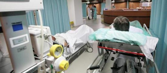 La Sanità alle Regioni, la madre di tutti gli sprechi Abolire gli Enti o restituire le competenze allo Stato
