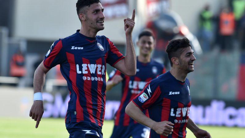 Serie A, il Crotone per l'impresa ai limiti del possibileScommettitori ci credono. Trotta:«Pronti per il Napoli»