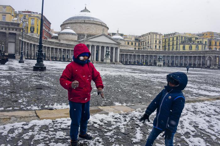 Fiocchi di neve su scavi Pompei e a Napoli: allerta prorogata