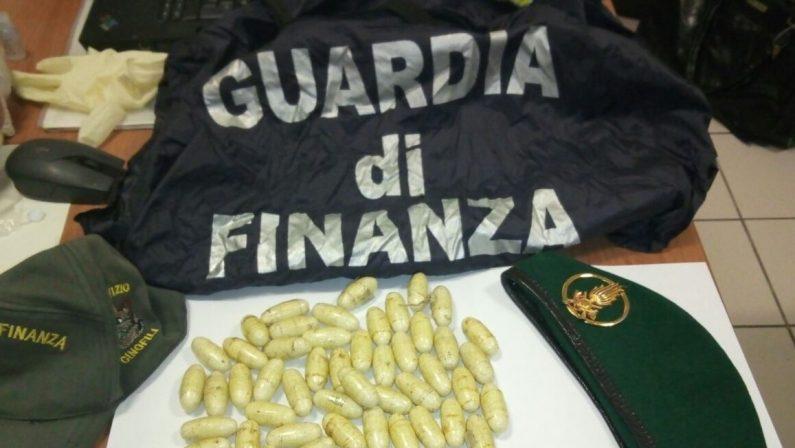 Corriere della droga viaggiava con un bus di lineaArrestato nel Cosentino con 440 grammi di eroina